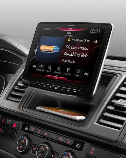 car sound center radio