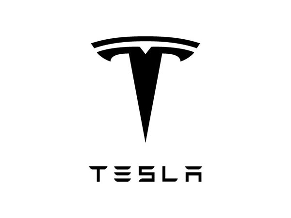 Car sound center Tesla